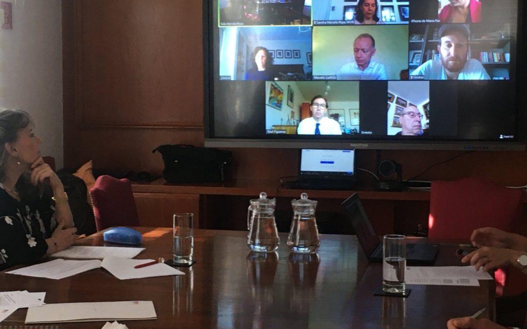 CNTV, Mineduc y canales trabajan para emitir contenidos educativos en TV abierta